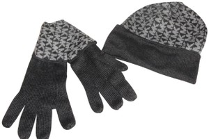 Michael Kors 3 piece gift set, hat, scarf and gloves