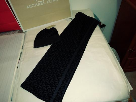 Michael Kors MK Infinity Scarf and Knit Hat Image 1