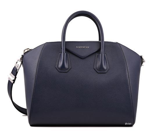Preload https://img-static.tradesy.com/item/24506148/givenchy-medium-antigona-night-blue-leather-satchel-0-1-540-540.jpg