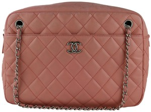 7f06f8298c4c Chanel Camera Bags - Up to 70% off at Tradesy