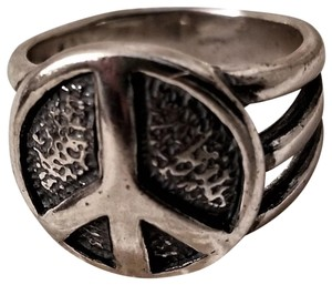 Silpada Sterling Silver Peace Ring