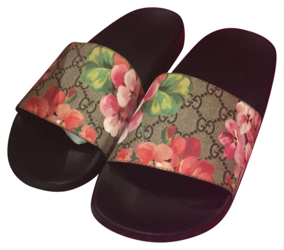 ed41aa9b520 Gucci Multicolor Gg Blooms Supreme Slide Sandals Size US 6.5 Regular ...