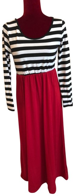 Preload https://img-static.tradesy.com/item/24508581/black-white-and-red-striped-long-casual-maxi-dress-size-8-m-0-1-650-650.jpg
