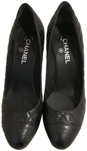 Chanel Quilted Black Pumps