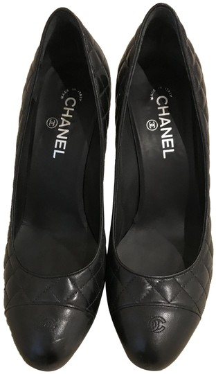 Preload https://img-static.tradesy.com/item/24508641/chanel-black-quilted-pumps-size-eu-41-approx-us-11-regular-m-b-0-1-540-540.jpg