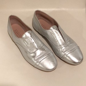 Barneys New York silver Flats