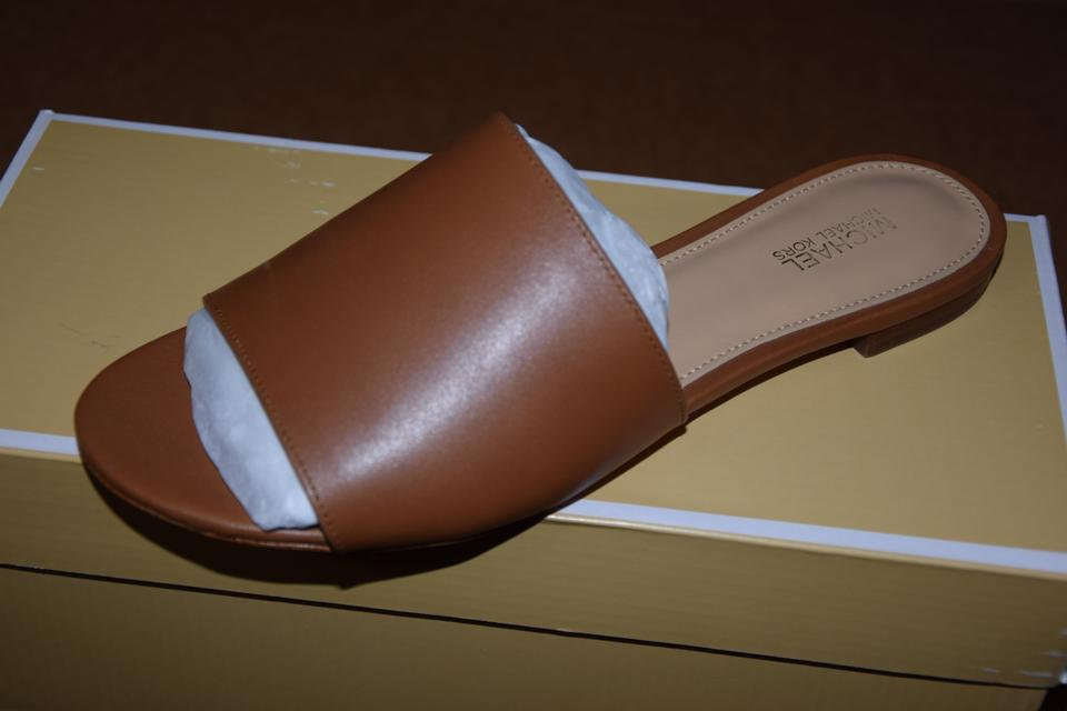 78426a970f43 MICHAEL Michael Kors Leather Slide Shelly Brown Sandals Image 5. 123456