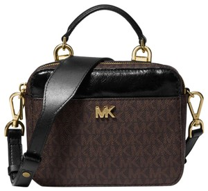Michael Kors Canvas Brown/Black 32h8gf5c5b Cross Body Bag