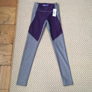 Outdoor Voices NWT Outdoor Voices Two Toned Warmup Leggings