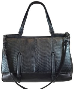 f69bf8513dc7 Bottega Veneta Snakeskin Bags - Up to 70% off at Tradesy