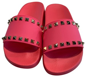 677f54d25fac Pink Valentino Sandals - Up to 90% off at Tradesy