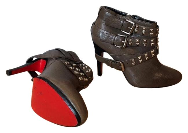 REPORT Red Grey Electra Rocker Biker Studded Bottom Sole Ankle Boots/Booties Size US 6 Regular (M, B) REPORT Red Grey Electra Rocker Biker Studded Bottom Sole Ankle Boots/Booties Size US 6 Regular (M, B) Image 1