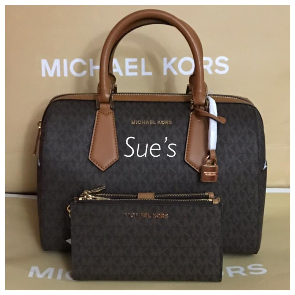 e15b9d518aca Michael Kors 2pc Mk Hayes Large Duffle Crossbody   Double Zip Wristlet  Wallet- Brown Satchel