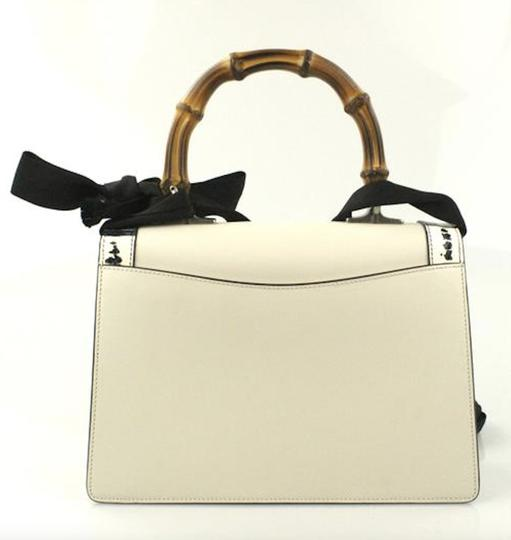 Gucci Lilith Satchel in off-white Image 2