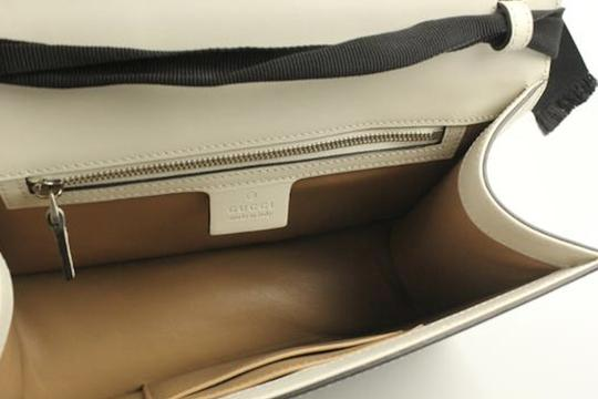 Gucci Lilith Satchel in off-white Image 3