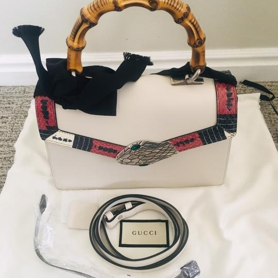 Gucci Lilith Satchel in off-white Image 5