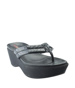 Prada Flip-flops Patent Leather Pre-owned Italy Black Flats