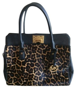 Michael Kors Satchel in Cheetah Natural