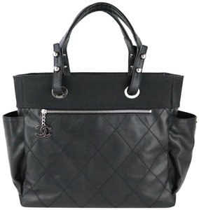 345d47f4 Chanel Black Tote Bags - Up to 70% off at Tradesy