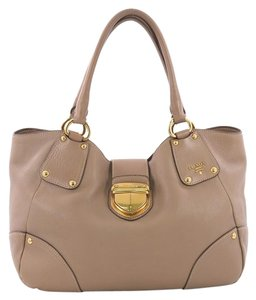 Prada Leather Tote in brown