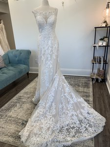 Martina Liana Ivory Lace Ivory and Stone Tulle Over Almond Gown with Porcelain Tulle Illusion 901 Traditional Wedding Dress Size 12 (L)