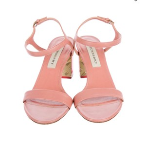 Burberry light pink Sandals