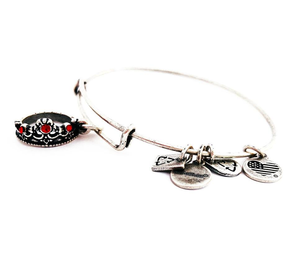 Alex and Ani QUEEN/'S CROWN Russian Silver Charm Bangle New W// Tag Card /& Box