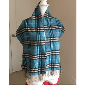 Burberry guc Burberry vintage wool scarf