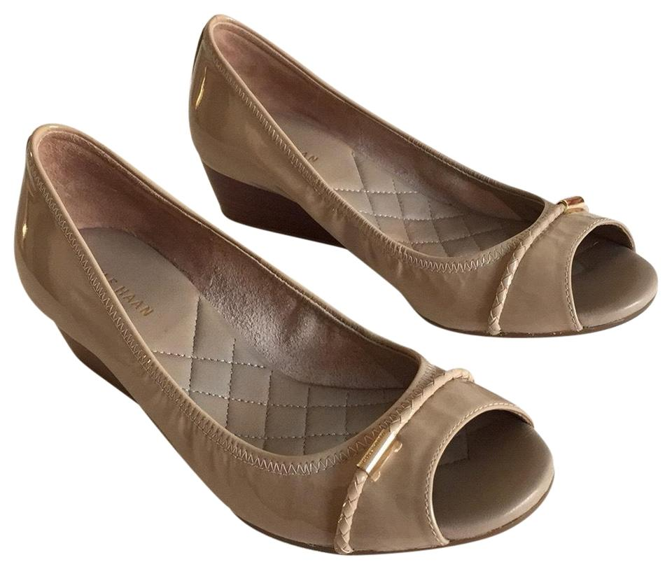 ccc3534b14b9 Cole Haan Tan Patent Leather Peep Toe Wedges Size US 6 Regular (M