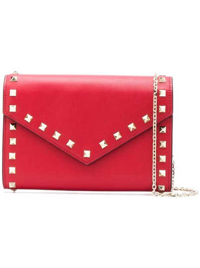 Preload https://img-static.tradesy.com/item/24520924/valentino-rockstud-envelope-pouch-with-chain-red-leather-cross-body-bag-0-0-540-540.jpg