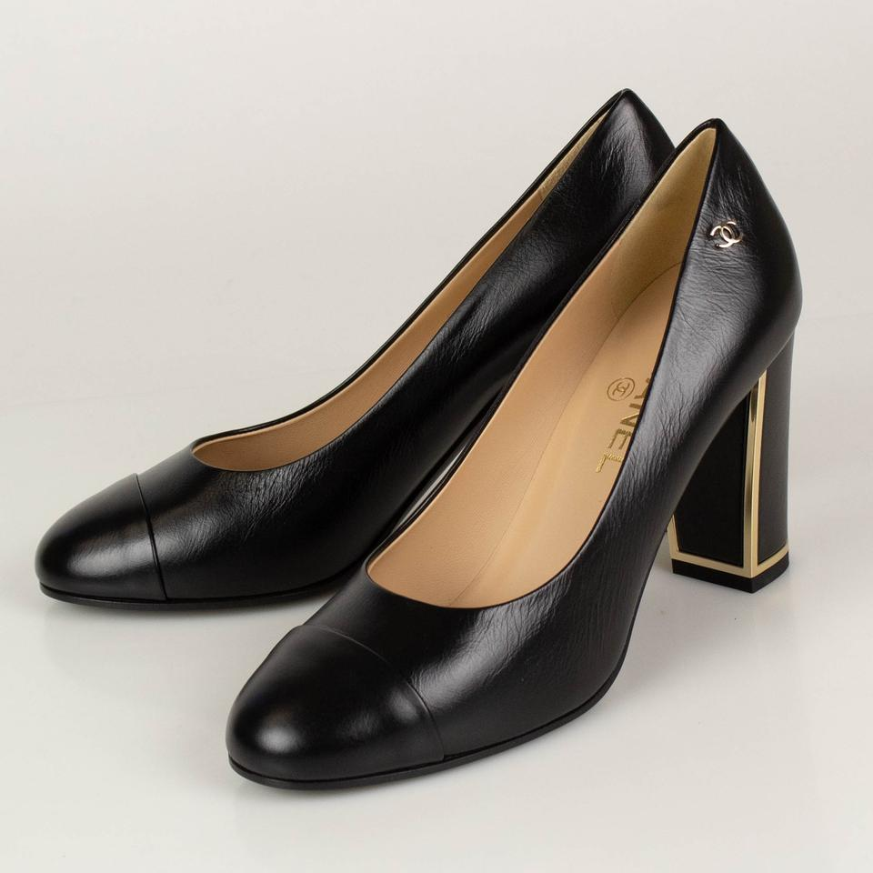 82a8c084e47b0 Chanel Black Calfskin Leather Cap Toe with Gold Pumps Size EU 39.5 ...
