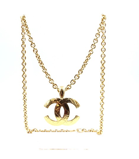 Preload https://img-static.tradesy.com/item/24523352/chanel-24737-gold-rare-xl-cc-quilted-texture-large-chain-necklace-0-1-540-540.jpg