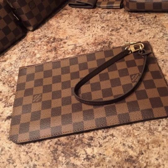 Louis Vuitton NEW Neverfull pouch Image 2