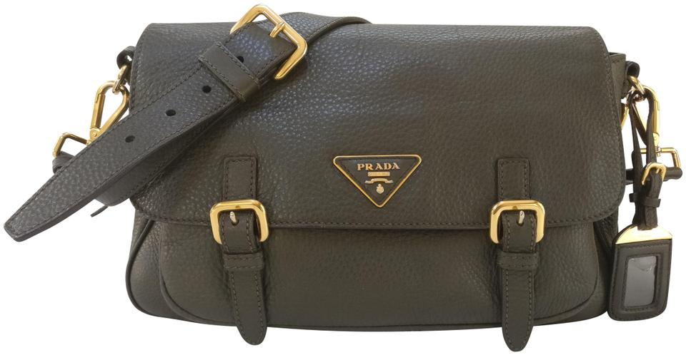 8c39b544b2af Prada Leather Messenger Black Vitello Cross Body Bag Image 0 ...