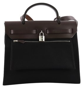 38a64229a6ec Hermès Pouches - Up to 70% off at Tradesy