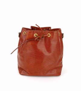 bede8ce533a1 Louis Vuitton Petit Noe Bucket Bags - Up to 70% off at Tradesy