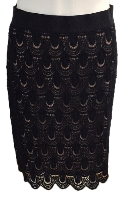 Item - Black and Nude Skirt Size 4 (S, 27)