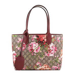 25d64402845 Gucci Gg Blooms Medium Reversible Pink Rose Supreme Canvas/ Leather ...