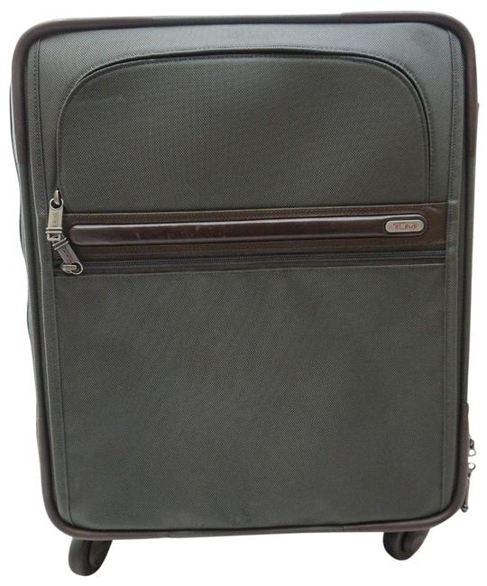 """Item - 22061gybop 4-wheel Continental Expandable 21"""" Carry-on Suitcase Green Nylon Weekend/Travel Bag"""