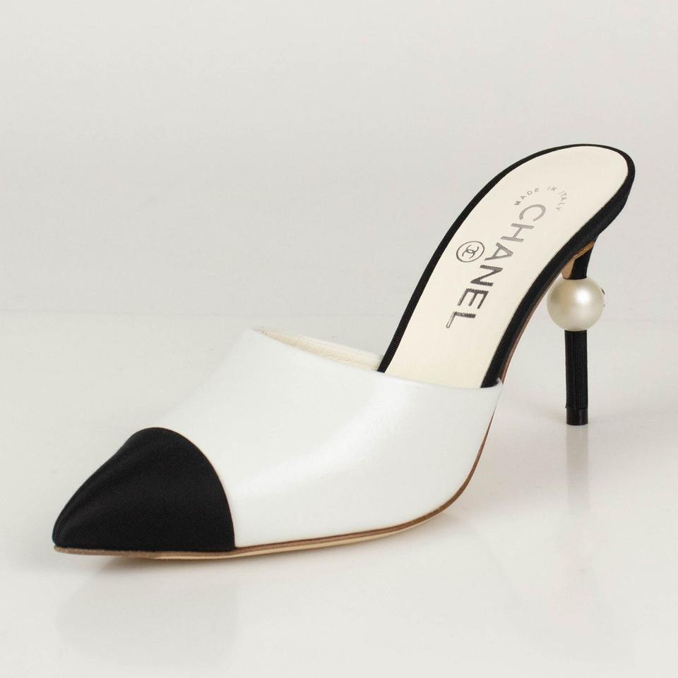 2d4e76117a Chanel White Runway Beige Black Leather Heels Pearl Mules/Slides. Size: EU  41 (Approx. US 11) ...