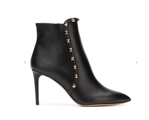 Valentino Rockstud Studded Leather Pointed Toe black Boots