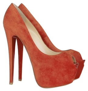 Christian Louboutin Suede Highness Peep Toe Stiletto Hidden Platform Platform 160 160 Mm Daffodile Red Pumps