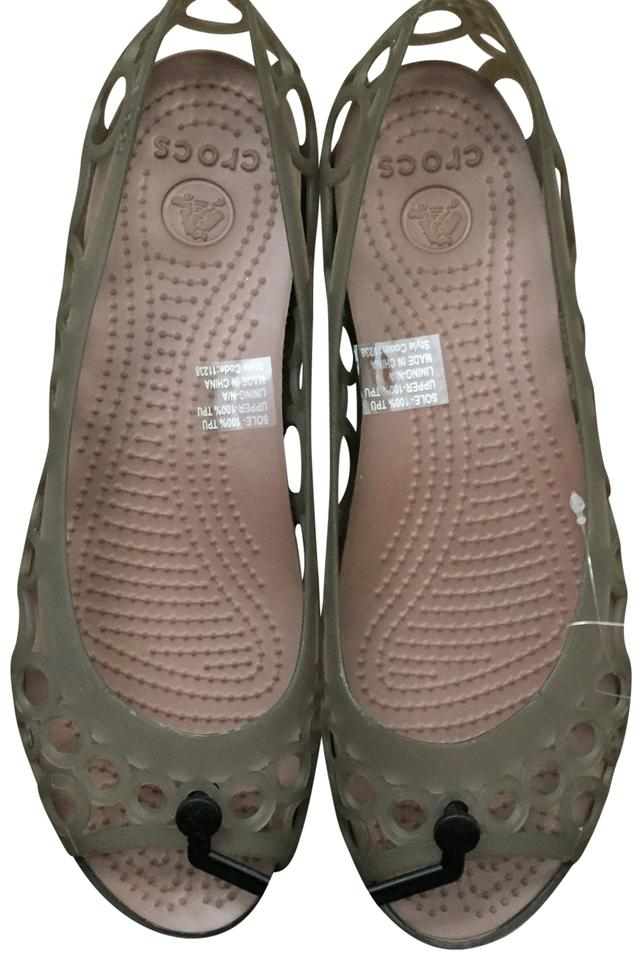 7436f4ebb93873 Crocs Brown Adrina Flat Sandals Size US 8 Regular (M