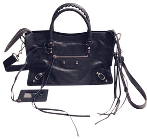Balenciaga Crossbody Bags - Up to 70% off at Tradesy 02abecbce0303