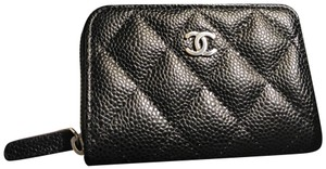 Chanel Chanel Black Caviar Zippered Card Holder -New