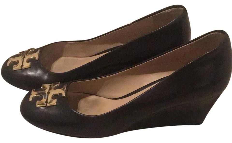 31ffd8eb1e9 Tory Burch Black and Gold Heels Wedges Size US 5.5 Regular (M