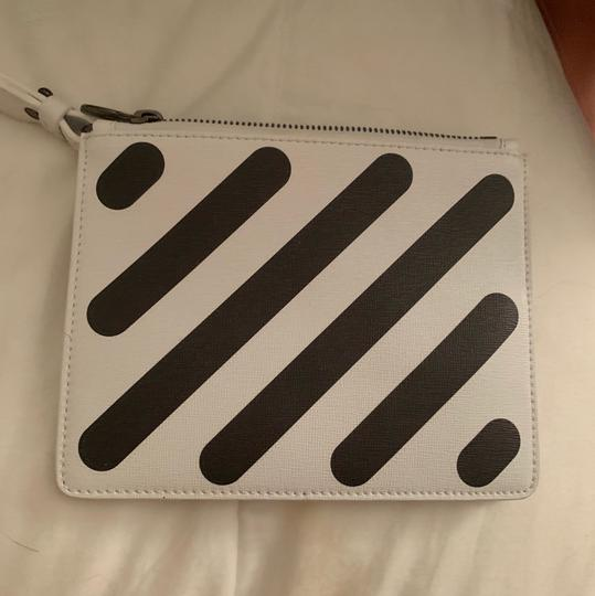 Off-White Wristlet in black and white Image 3