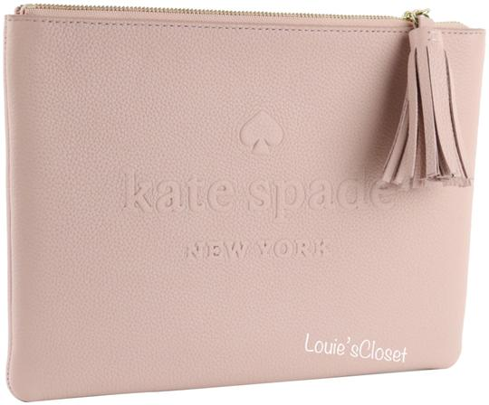 Preload https://img-static.tradesy.com/item/24532426/kate-spade-warmvellum-pink-larchmont-avenue-logo-gia-cosmetic-bag-0-1-540-540.jpg