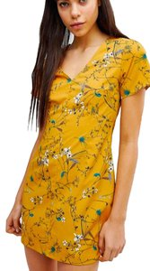 Missguided short dress Mustard Yellow Floral Flowers Summer on Tradesy