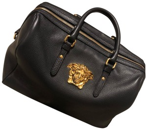 Versace Bags - Up to 90% off at Tradesy 42f2c3e0b1356